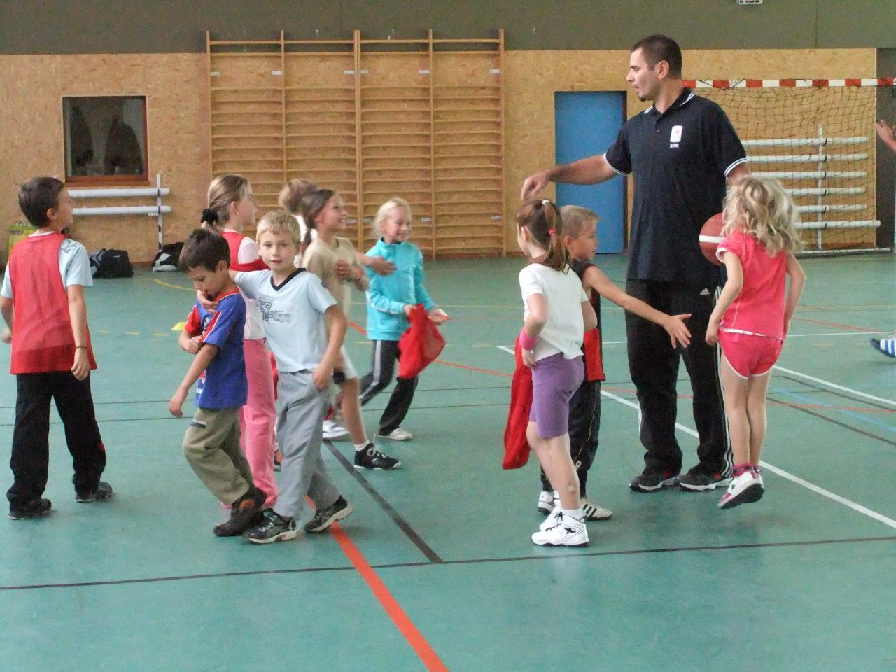 Assemblée générale du club (et initiation Basket)